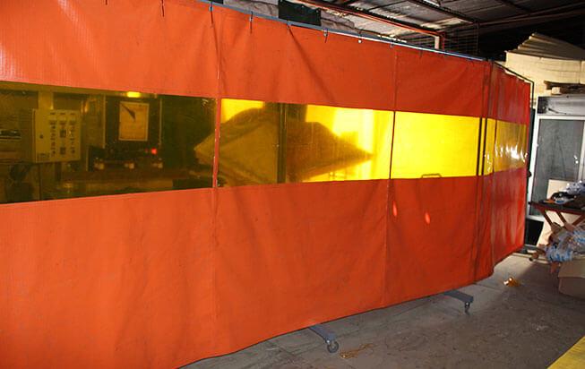 Cortinas Ignifugas con Visor Anti UV